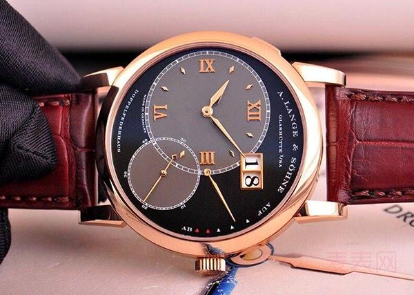 """朗格手表回收:让你不再""""两袖清风""""还能拿到钱"""