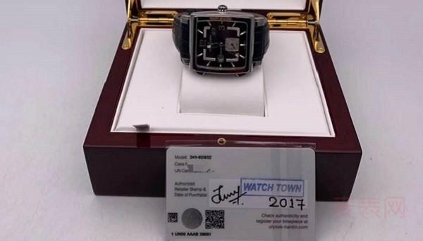 唤起复古潮流记忆,这几款雅典手表能回收到多少钱?