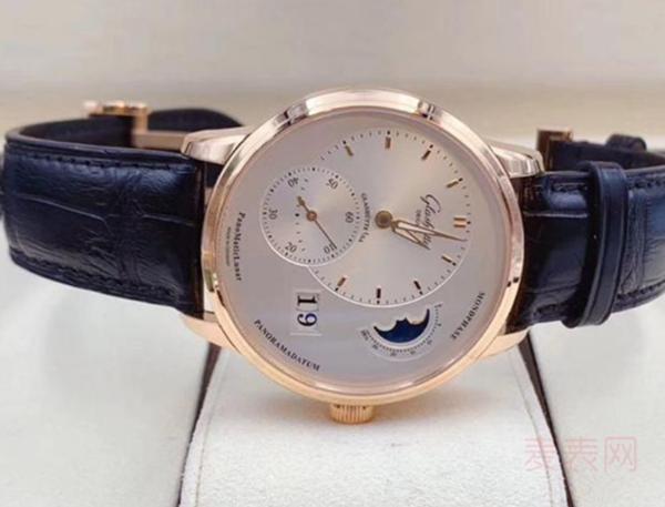 格拉苏蒂手表回收价是高还是低?看这3点就行,超简单