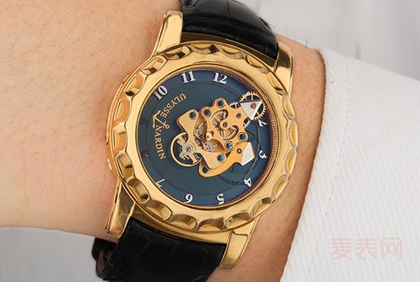 正品手表回收那么多,为何雅典奇想系列很火爆,这点必中