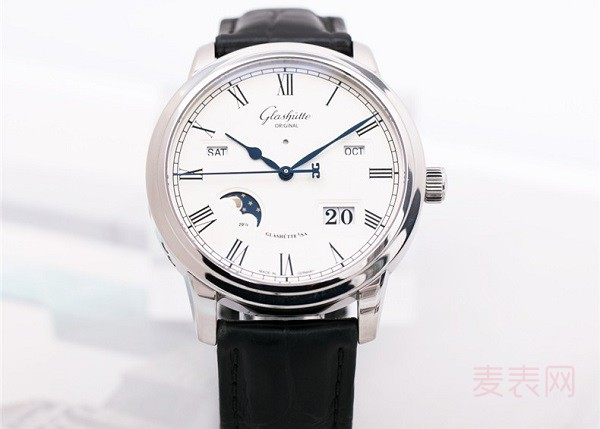 格拉苏蒂大日历月相手表回收多少钱 议员系列价格公道