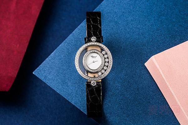 18K白金七钻萧邦手表回收多少钱 二手店在线答疑