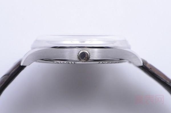 限量款手动机械万国三问手表回收多少钱 在线等解答