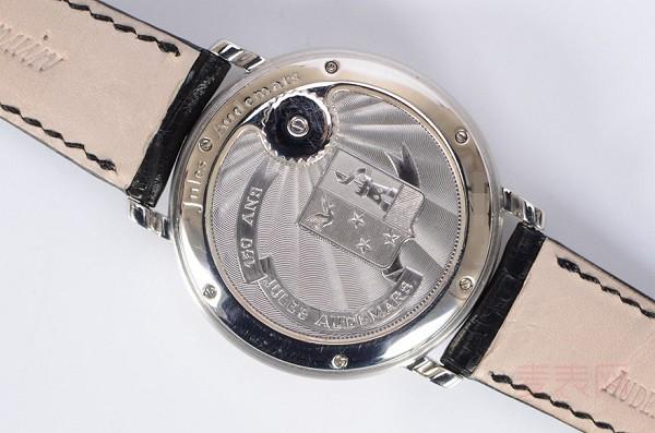 陀飞轮爱彼25964PT手表回收多少钱 名表贬值竟这么快