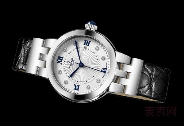 经典永恒女士帝舵玫瑰系列手表回收多少钱?