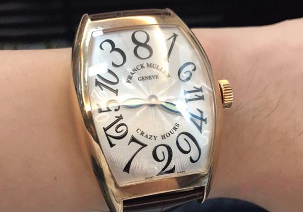 小众的法穆兰8880名牌二手手表回收多少钱?