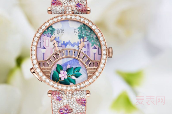 哪些点有助梵克雅宝全新恋人之桥手表回收价更美丽