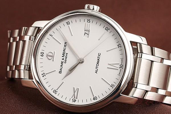 名士手表回收几折主要看手表新旧程度