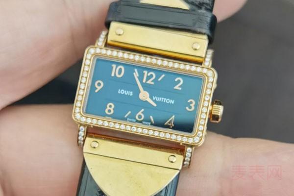 LV手表回收价格是原价的几折