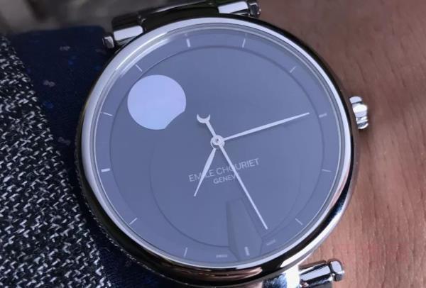 艾米龙手表回收多少钱 回收可以讲价吗