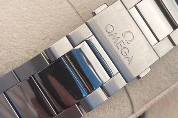 欧米茄手表使用10后回收还能卖多少钱