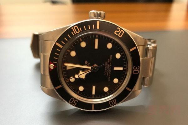 2万多买的手表回收能有多少钱 影响因素是什么