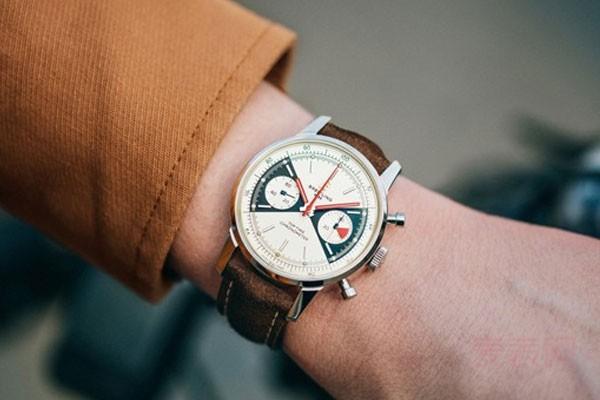 回收百年灵手表多少钱 回收平台很重要