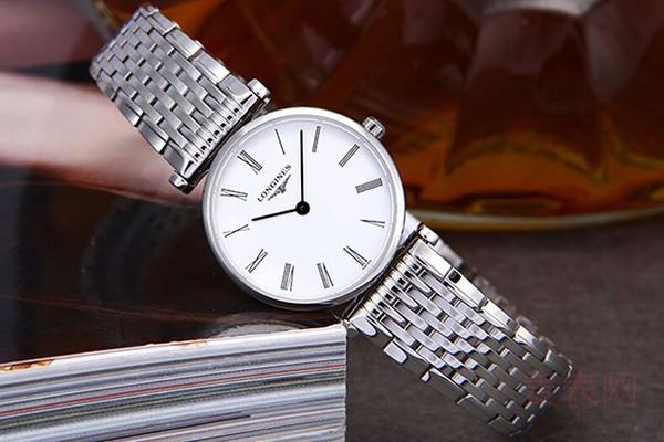 浪琴一万多的手表二手的回收多少钱