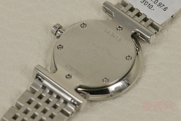 为什么回收手表要开盖检查 会影响回收价格吗