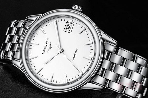 浪琴军旗系列的男表镶钻款手表回收价格高吗