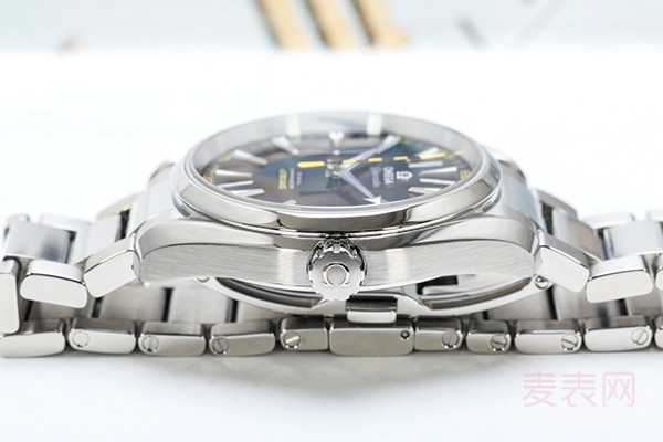回收二手手表前怎么处理才能卖出理想价格