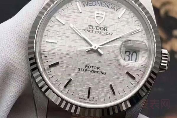 收购中低档次的二手帝舵手表多少钱